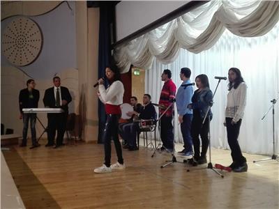فريق المكفوفيين للموسيقى العربية يلهب حماس ضيوف متحف الطفل