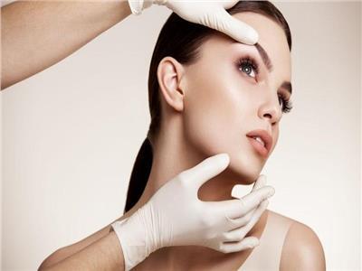 خبيرة تجميل تكشف مميزات تقنية «الهايفو» لإزالة تجاعيد الوجه