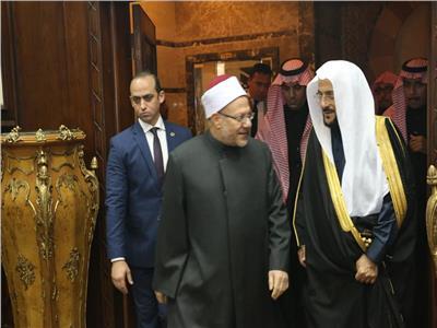 مفتي الجمهورية يستقبل وزير الأوقاف السعودي لتعزيز التعاون الديني