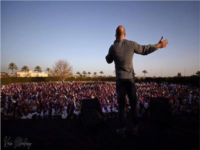 بالصور  محمود العسيلي في حفل تخرج طلاب جامعة الإسكندرية