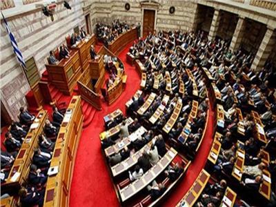 برلمان اليونان يوافق على بروتوكول يسمح لمقدونيا بالانضمام لحلف الناتو