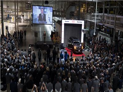 صور| «كيا» تطلق «تيلورايد».. أكبر سيارة دفع رباعي