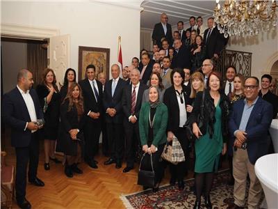 سفيرنا ببلجراد يستضيف ممثلي البرلمان والسياحة بحضور نظرائهم من صربيا