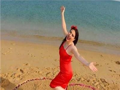 ميرنا وليد: مندهشة من انتقاد فستان «عيد الحب»