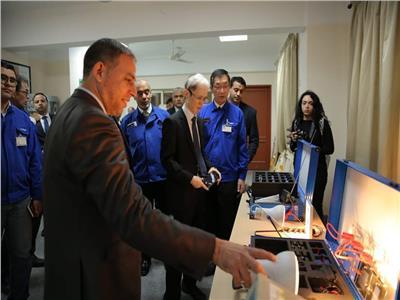 السفير الياباني يشيد بتجربة مدرسة العربي للتكنولوجيا التطبيقية