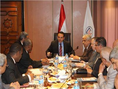 «القابضة المعدنية» تستقبل وفداً سودانياً لبحث الفرص الاستثمارية والتجارية