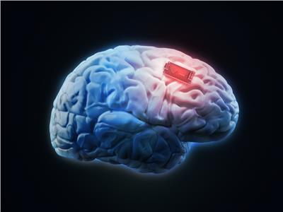ابتكار شرائح «دماغية ذكية» تحول الإنسان إلى موسوعة علمية
