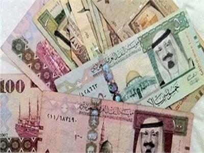 أسعار العملات العربية تتراجع أمام الجنيه المصري والريال السعودي يسجل 4.65 جنيه