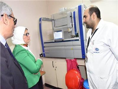 وزيرة الصحة تتابع حملة «100 مليون صحة» بمستشفى القاهرة الفاطمية