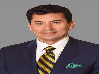 وزير الرياضة يهنى الأهلى والزمالك بعد التأهل الأفريقي
