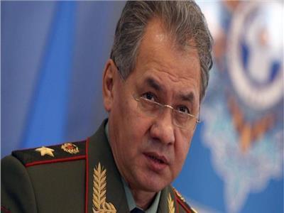وزير الدفاع الروسي يتوجه لسوريا ويسلم الأسد رسالة من بوتين