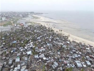 شاهد | إعصار مدمر يقتل ألف مواطن.. ويدمر مدينة في موزمبيق