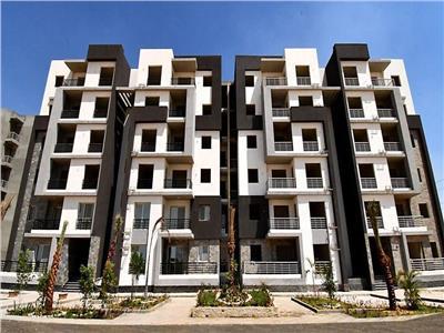الجزار: طرح 896 وحدة سكنية بملوى والفشن الجديدتين قريباً
