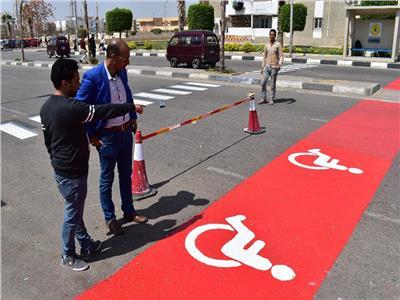 «مدينة الشروق» تراجع كل شوارعها لتتوافق مع ذوي الاحتياجات الخاصة