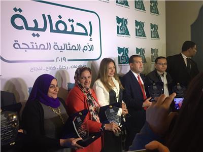 ليلى علوي: الأم المصرية هي أساس كل أسرة