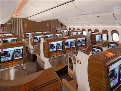 صور| الإمارات تبدأ تشغيل بوينج 777 الجديدة 16 أبريل