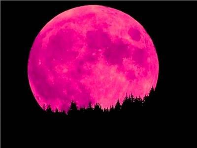 «القمر الوردي» ظاهرة فلكية «ساحرة» تظهر الجمعة
