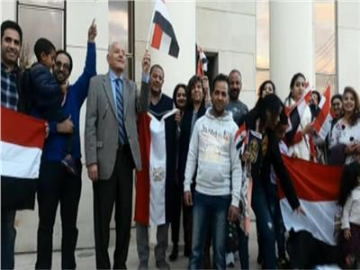سفيرنا بتونس: تزايد أعداد المصريين المشاركين بالاستفتاء في اليوم الثالث