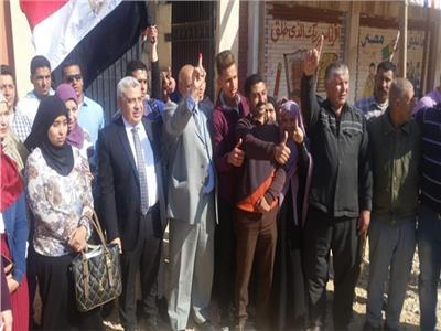فيديو| أهالي «مدينة بدر» يطالبون بمد فترة التصويت على الاستفتاء بسبب الإقبال