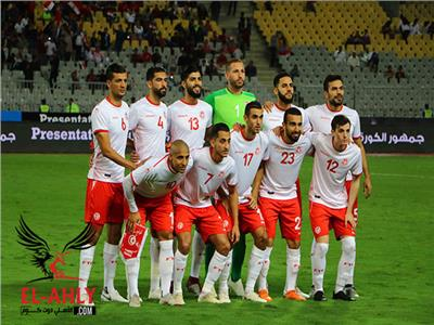 الاتحاد التونسي لكرة القدم: نتمسك بإقامة مباريات «نسور قرطاج» بالسويس