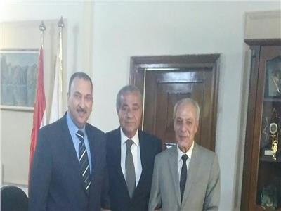 وزير التموين يجتمع بممثلي منظومة الشكاوى الموحدة بمجلس الوزراء
