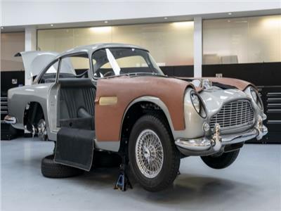 بالصور| شركة أستون مارتن تكشف عن تصنيع نسخ خاصة من سيارات جيمس بوند