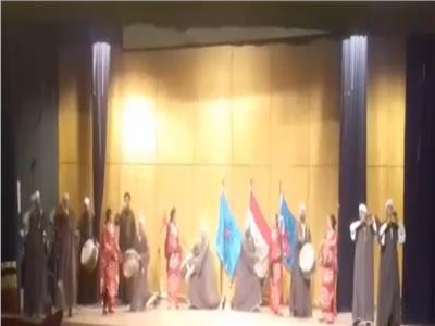 فرقة سوهاج للفنون الشعبية تشعل مسرح نقابة الصحفيين بعرضها الفني