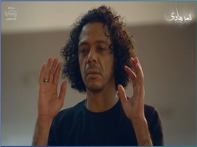 صور| حمزة العيلي يثير ضجة بمواقع التواصل الاجتماعي بمشهد وفاته في «قمر هادي»