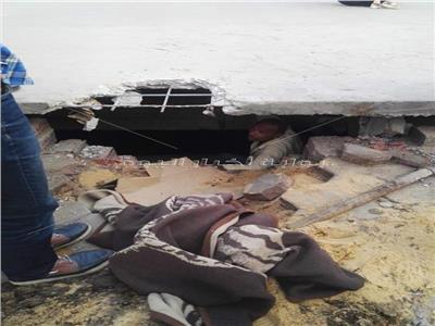 صور| لحظة انتشال جثة لص بنفق الهرم