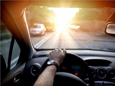 بسبب ارتفاع درجات الحرارة.. احذر ترك هذه الأشياء داخل سيارتك