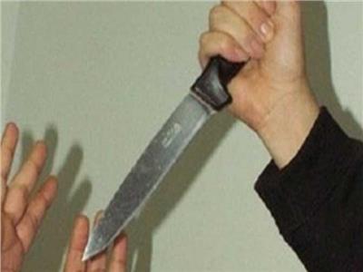 علاقة عاطفية تدفع فتاة لقتل شقيقتها والشروع في ذبح الأخرى