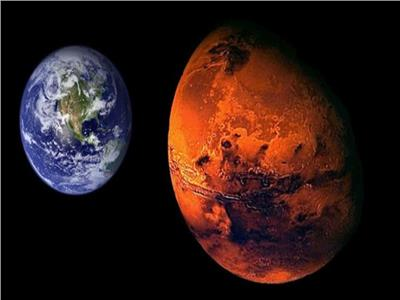 أشرف شاكر: احتمالية انتهاء الحياة على الأرض أقرب من بقائها