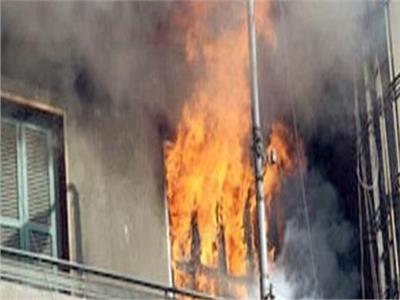 ندب الأدلة الجنائية لمعاينة آثار حريق شقة بالدرب الأحمر