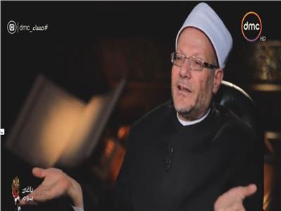 فيديو  مفتي الجمهورية يتحدث عن كواليس رؤية هلال عيد الفطر