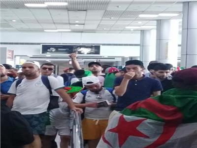 أمم إفريقيا 2019  مطار القاهرة يستقبل 6 طائرات تقل ألف مشجع جزائري