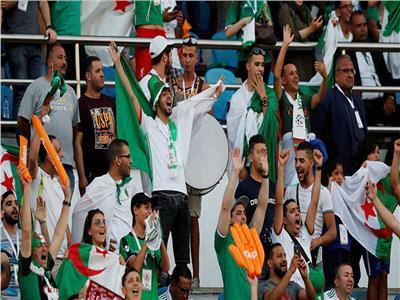 قبل مواجهة «الخضر» و«الأفيال».. «كاف» يحذر جماهير الجزائر وكوت ديفوار