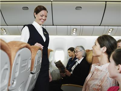 شرب المياه أبرزها.. 6 نصائح للمسافرين تخفف القلق أثناء الطيران