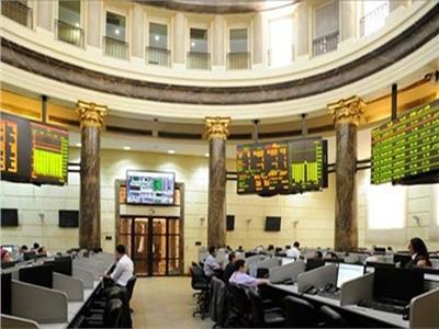 تعرف على الأسهم الأكثر ارتفاعاً  وانخفاضا بتداولات البورصة