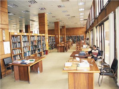 معاناة الباحثين في دار الكتب!