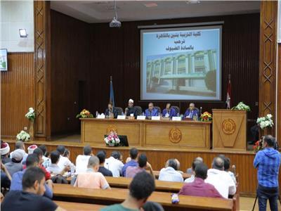 صور| وكيل الأزهر: تكريم الرئيس السيسي للدكتور جمال أبو السرور تكريم مستحق