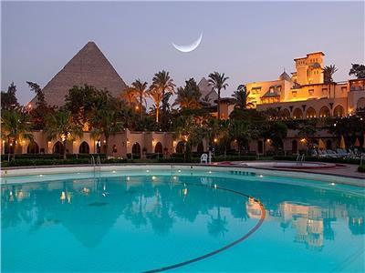 «السياحة» تضع معايير جديدة لتقييم المنشآت الفندقية وتصنيفها عالميا