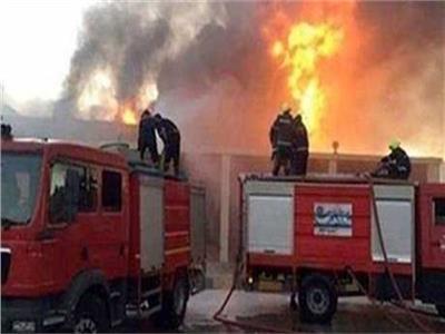 حريق هائل بمخزن للمواد الغذائية بالشرقية