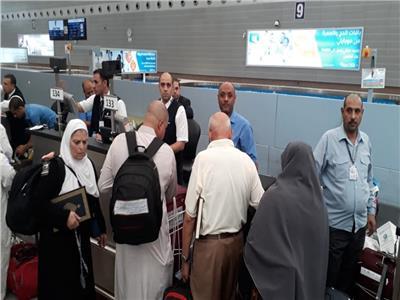 اليوم.. مصر للطيران تسير 20 رحلة لنقل 3400 حاج
