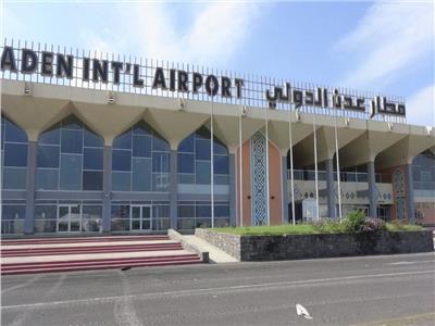 قوات الحكومة اليمنية تسيطر على مطار عدن