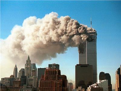 هجمات 11 سبتمبر  شوارع نيويورك تنفض غبار الدمار.. صور