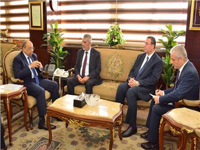 شعراوي يستقبل وزير الحكم المحلي الفلسطيني لبحث سبل التعاون