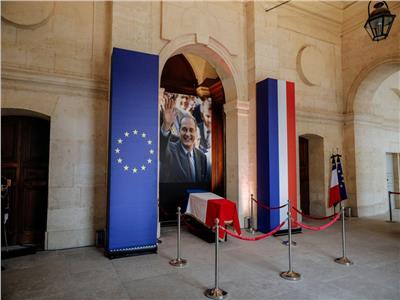 حكايات  من ديجول وحتى ميتيران.. أين دفن رؤساء فرنسا الراحلين؟