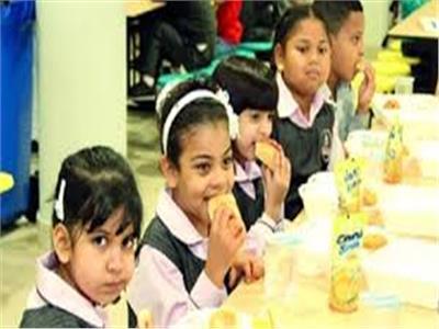 الوجبة المدرسية تُشبع التلاميذ وتغرس الانتماء.. هل ينجح العام الدراسي في تغذية طلابنا؟