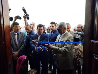 وزير الشباب والرياضة يتفقد نادي النوبة ويفتتح مسجد لقمان الحكيم