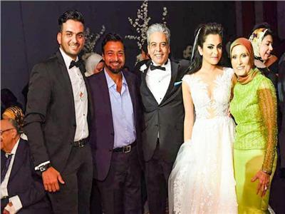 صور| حميد الشاعري يشعل زفاف «طاهر ودينا»